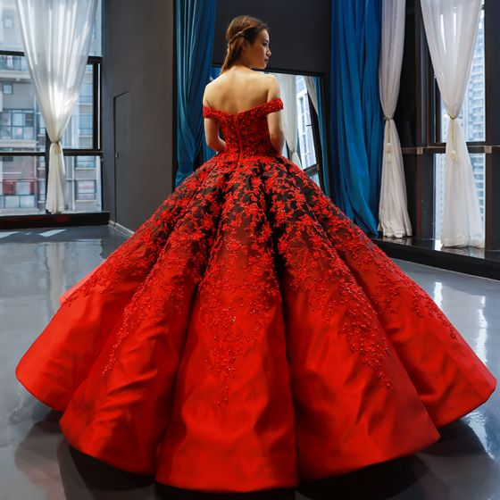 Luxury / Gorgeous Red Black Satin Dancing Prom Dresses 2020 Ball Gown Off-The-Shoulder Short Sleeve Backless Appliques Lace Beading Pearl Floor-Length / Long Ruffle Formal Dresses