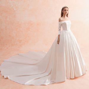 Modest / Simple Ivory Winter Wedding Dresses 2019 A-Line / Princess Off-The-Shoulder 3/4 Sleeve Backless Royal Train