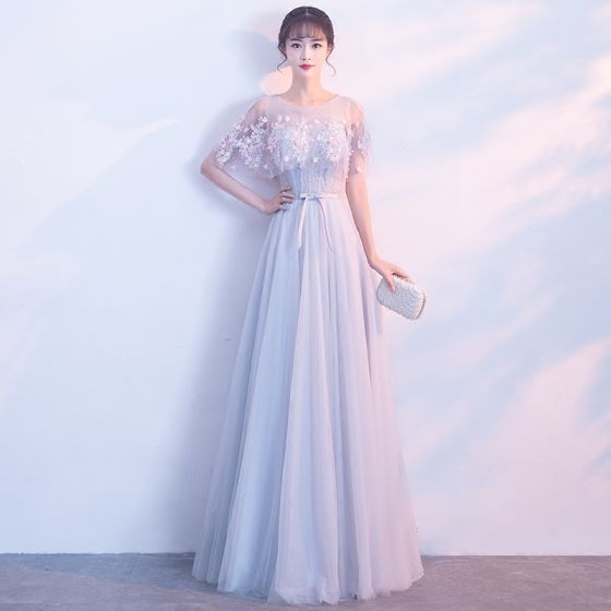 Affordable See-through Grey Evening Dresses  2019 A-Line / Princess Scoop Neck Short Sleeve Appliques Lace Flower Sash Floor-Length / Long Ruffle Backless Formal Dresses