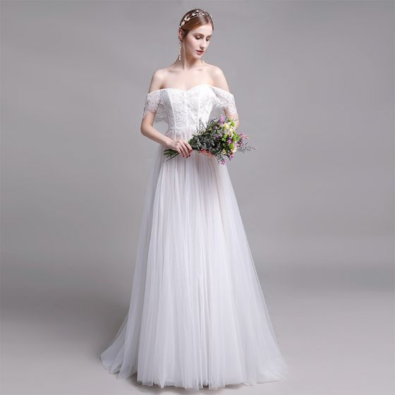 Chic / Beautiful White Beach Wedding Dresses 2019 A-Line / Princess Off-The-Shoulder Lace Flower Short Sleeve Backless Floor-Length / Long