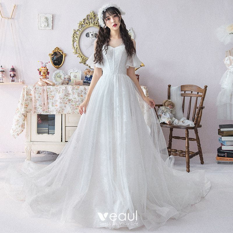 Modest Simple White See Through Wedding Dresses 2019 A Line Princess Scoop Neck Short Sleeve Appliques Lace Cathedral Train Ruffle