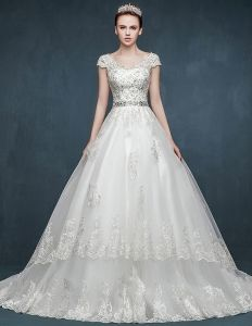 2015 Vintage V-neck Floor-length Bridal Trailing Wedding Dress