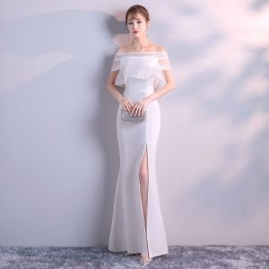 Modest / Simple Ivory Evening Dresses  2018 Trumpet / Mermaid Off-The-Shoulder Short Sleeve Split Front Floor-Length / Long Ruffle Backless Formal Dresses