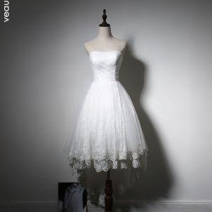 Proste / Simple Plaża Białe Suknie Ślubne 2017 Asymetryczny Princessa Bez Ramiączek Bez Rękawów Bez Pleców Aplikacje Z Koronki