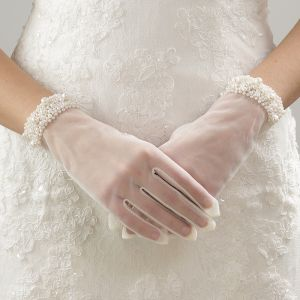 Chic / Beautiful Ivory Wedding 2018 Tulle Beading Pearl Bridal Gloves