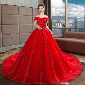 Modern / Fashion Red Wedding Dresses 2018 Ball Gown Beading Lace Sequins Off-The-Shoulder Backless Short Sleeve Royal Train Wedding