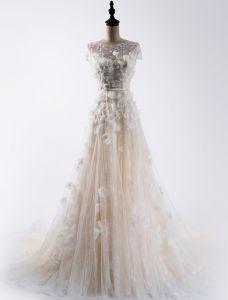 A-line Fyrkantig Halsen Korta Ärmar Applikationer Profilering Champagne Organza Bröllopsklänning