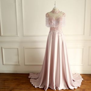 Luxury / Gorgeous Pearl Pink Evening Dresses  2018 A-Line / Princess Handmade  Beading Tassel Crystal Sequins Appliques Scoop Neck Backless Short Sleeve Court Train Formal Dresses
