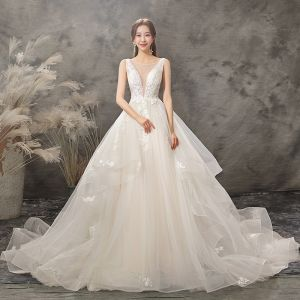 Elegant Champagne Wedding Dresses 2019 A-Line / Princess Scoop Neck Appliques Crystal Lace Flower Sleeveless Backless Chapel Train
