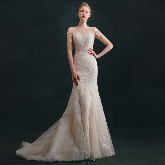 High-end Ivory Wedding Dresses 2021 Trumpet / Mermaid Scoop Neck Beading Lace Flower Short Sleeve Backless Sweep Train Wedding