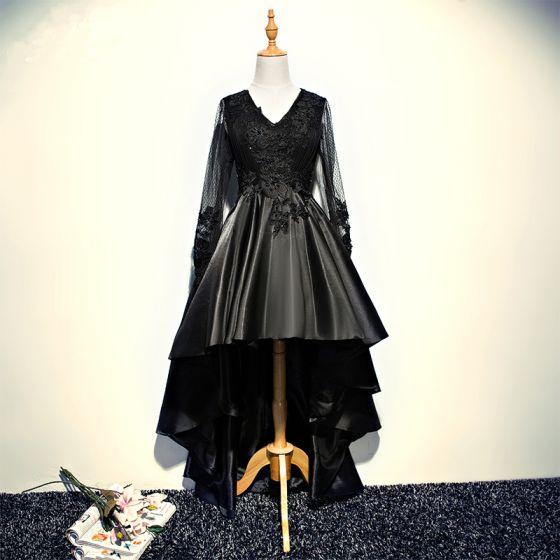 Fine Svart Cocktailkjoler 2017 Prinsesse Blonder Krystall Beading V-Hals Ryggløse Asymmetrisk Formelle Kjoler