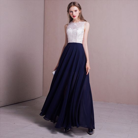 Elegant Navy Blue Evening Dresses  2017 A-Line / Princess Lace Split Front Scoop Neck Backless Sleeveless Ankle Length Formal Dresses
