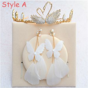 Amazing / Unique Gold Accessories 2018 Metal Rhinestone Tiara Pearl Butterfly Feather Earrings Bridal Jewelry