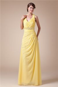 2015 Appealing Halter V-neck Pleated Beading Crystal Sash Yellow Evening Dress