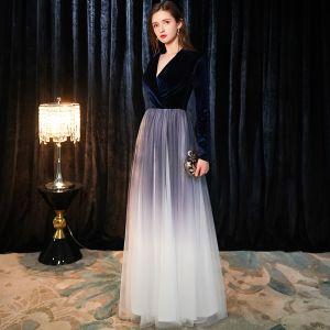 Chic / Beautiful Navy Blue Suede Evening Dresses  2019 A-Line / Princess V-Neck Long Sleeve Floor-Length / Long Ruffle Formal Dresses