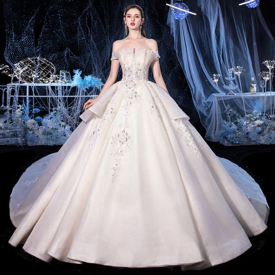 Chic / Beautiful Ivory Bridal Wedding Dresses 2020 Ball Gown Off-The-Shoulder Short Sleeve Backless Appliques Lace Beading Glitter Tulle Cathedral Train Ruffle