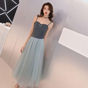 Affordable Ink Blue Homecoming Graduation Dresses 2019 A-Line / Princess Spaghetti Straps Sleeveless Tea-length Ruffle Backless Formal Dresses