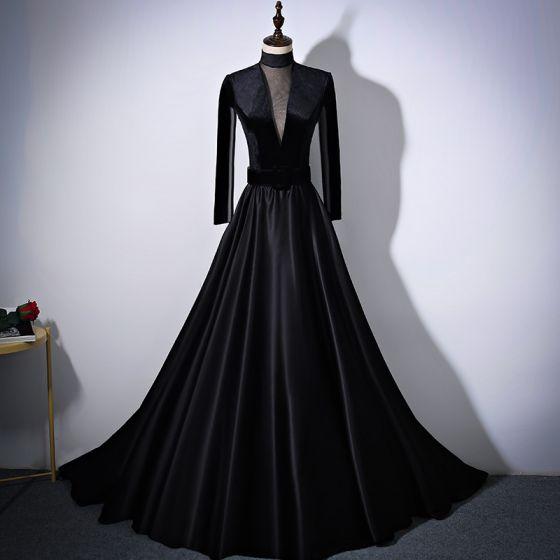Elegant Black Pierced Evening Dresses  2017 A-Line / Princess High Neck Long Sleeve Sash Chapel Train Formal Dresses