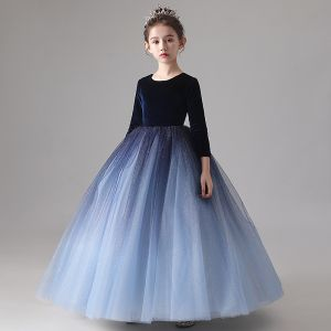 Chic / Beautiful Navy Blue Gradient-Color Suede Winter Birthday Flower Girl Dresses 2020 Ball Gown Scoop Neck 3/4 Sleeve Glitter Tulle Floor-Length / Long Ruffle