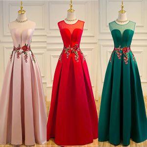 Niedrogie Satyna Przezroczyste Sukienki Na Bal 2019 Princessa Wycięciem Bez Rękawów Długie Bez Pleców Sukienki Wizytowe