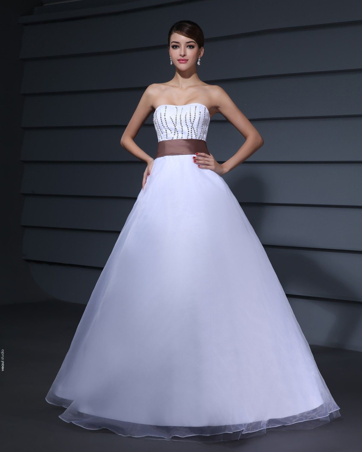 Designer Romantic Strapless Ball Gown Tulle Taffeta Prom Dresses