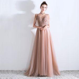 Edles Pearl Rosa Abendkleider 2019 A Linie Tiefer V-Ausschnitt Kurze Ärmel Perlenstickerei Sweep / Pinsel Zug Rüschen Rückenfreies Festliche Kleider