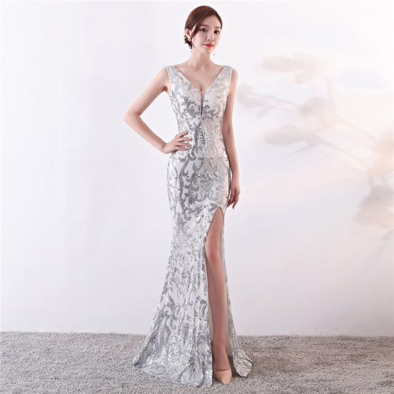Sparkly Silver Evening Dresses  2019 Trumpet / Mermaid V-Neck Sequins Sleeveless Backless Split Front Floor-Length / Long Formal Dresses