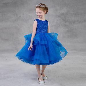 Chic / Belle Bleu Roi Anniversaire Robe Ceremonie Fille 2020 Robe Boule Encolure Dégagée Sans Manches Glitter Polyester Thé Longueur Volants en Cascade