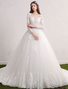 Gorgeous Wedding Dresses 2017 Scoop Neckline Wiht Applique Lace Backless Bridal Gowns