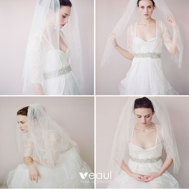 Classic 2017 White Lace Tulle Wedding Veils