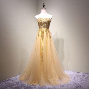 Schöne Gold Ballkleider 2018 A Linie Perlenstickerei Kristall Pailletten Stoffgürtel Herz-Ausschnitt Rückenfreies Ärmellos Lange Festliche Kleider