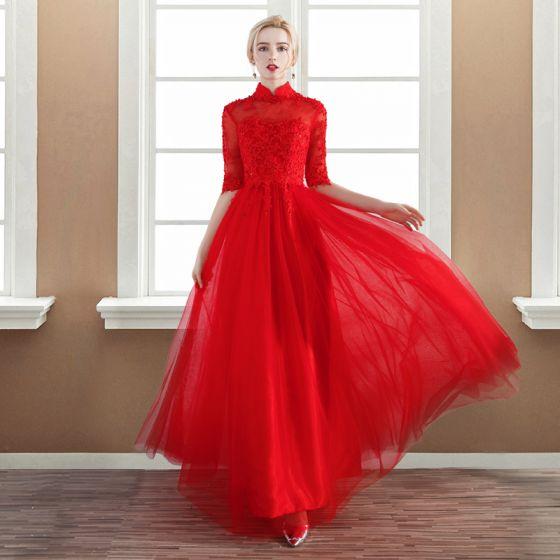 f1a912b69f0 Chic   Belle Rouge Robe De Soirée 2017 Princesse En Dentelle Fleur  Appliques Perlage Col Haut Dos Nu Bretelles ...