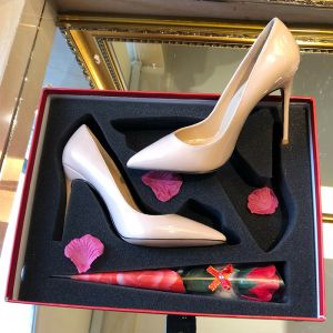 Modest / Simple Nude Patent Leather Wedding Shoes 2019 10 cm Stiletto Heels Pointed Toe Wedding Pumps