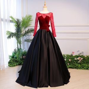 Elegant Black Prom Dresses 2018 Ball Gown Beading Bow Scoop Neck Backless Long Sleeve Sweep Train Formal Dresses