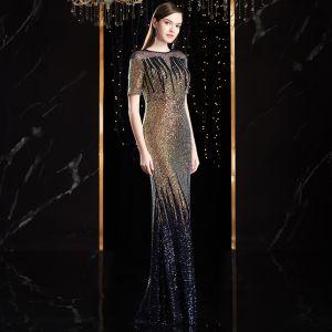 Uroczy Multi-Kolory Sukienki Wieczorowe 2020 Syrena / Rozkloszowane Wycięciem Wykonany Ręcznie Frezowanie Kryształ Cekiny Kótkie Rękawy Długie Sukienki Wizytowe