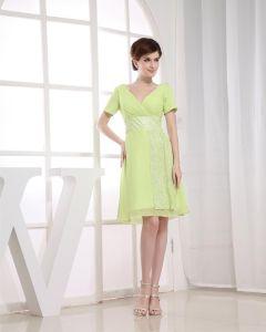 Chiffon V Neck Sequins Short Sleeve Zipper Knee Length Cocktail Party Dress