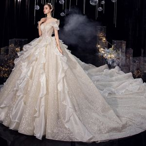 Charming Champagne Organza Bridal Wedding Dresses 2020 Ball Gown Off-The-Shoulder Short Sleeve Backless Glitter Tulle Cathedral Train Ruffle