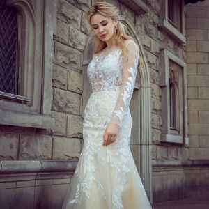 Stunning Champagne Pierced Wedding Dresses 2017 Trumpet / Mermaid Scoop Neck Long Sleeve Backless Appliques Lace Court Train