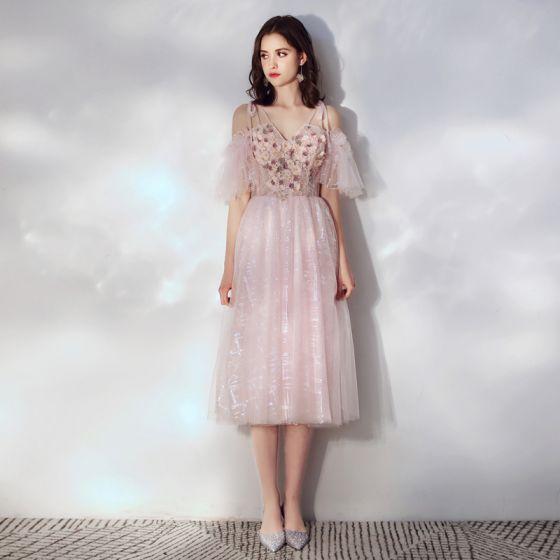 2503e6197478 Chic / Beautiful Blushing Pink Homecoming Graduation Dresses 2019 A-Line /  Princess Spaghetti Straps Short Sleeve Appliques ...