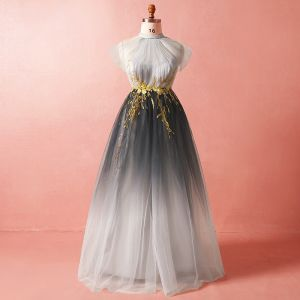 Chic / Beautiful Grey Plus Size Evening Dresses  2018 A-Line / Princess Tulle High Neck Crossed Straps Appliques Backless Summer Evening Party Formal Dresses