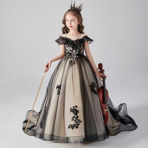 Chic / Beautiful Black Birthday Flower Girl Dresses 2020 Ball Gown Scoop Neck Short Sleeve Appliques Lace Beading Sequins Sweep Train Ruffle