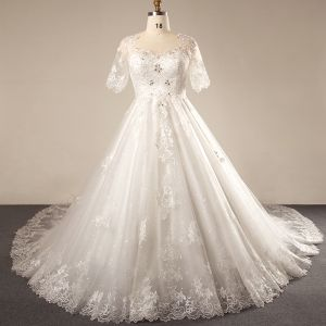 Luxury / Gorgeous Ivory 2018 Wedding Crossed Straps Lace Tulle U-Neck 1/2 Sleeves Appliques Backless Beading Summer Ball Gown Wedding Dresses