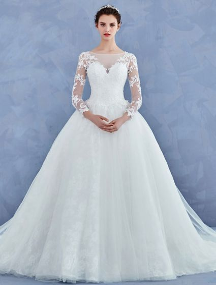 enkel brudekjole med blonder