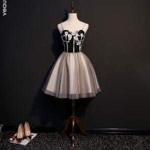 Sexy Black Cocktail Dresses 2018 A-Line / Princess Appliques Spaghetti Straps Backless Sleeveless Short Formal Dresses