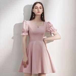 Schlicht Rosa Heimkehr Abiballkleider 2020 A Linie Eckiger Ausschnitt Geschwollenes Kurze Ärmel Kurze Rückenfreies Festliche Kleider