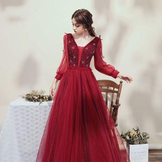 Viktoriansk Stil Burgunder Selskapskjoler 2020 Ballkjole V-Hals Puffy Langermede Beading Glitter Tyll Lange Ryggløse Formelle Kjoler