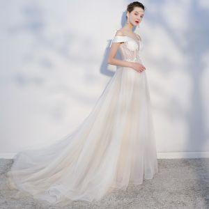 Elegant Champagne Evening Dresses  2018 A-Line / Princess Lace Appliques Spaghetti Straps Backless Sleeveless Court Train Formal Dresses