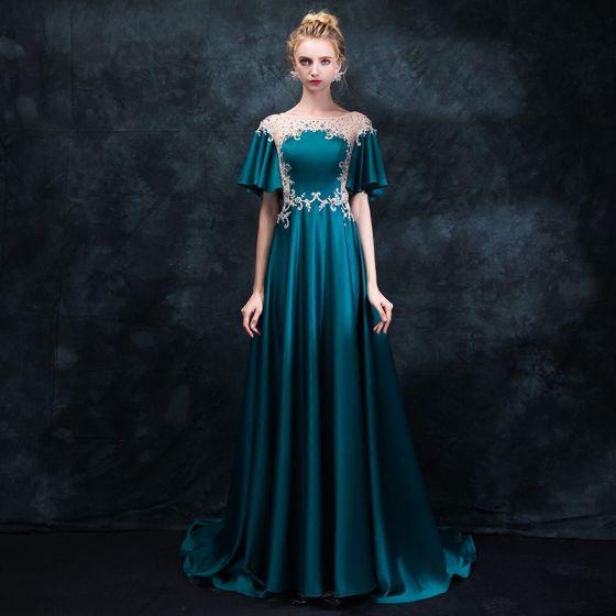 Elegant Ink Blue Pierced Evening Dresses  2018 Empire Scoop Neck Short Sleeve Appliques Lace Rhinestone Sweep Train Ruffle Backless Formal Dresses
