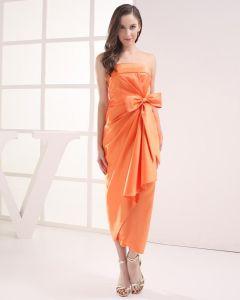 Mode Satin Plisserad Bowknot Axelbandslos Te Langd Kandis Festklänning