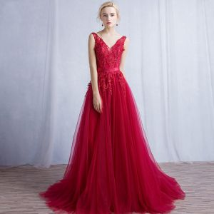 Chic / Beautiful Red Evening Dresses  2017 A-Line / Princess Crossed Straps Backless Sequins Lace Flower Sash V-Neck Sleeveless Sweep Train Evening Party